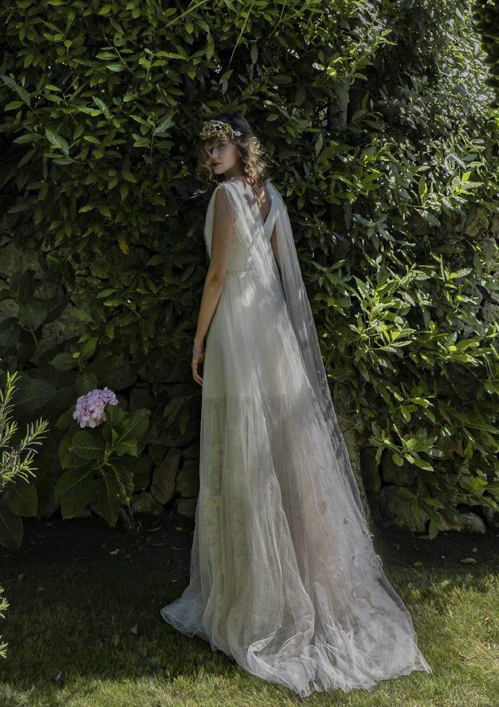 1d3412b1d720 stylosophy.it – Abiti da sposa Elisabetta Delogu 2019  arte e artigianalità per  la nuova collezione